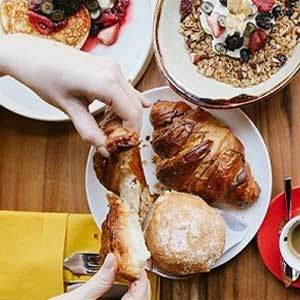 Via Veneto lights up your weekend with the launch of la famiglia brunch (via UAE News 24/7)