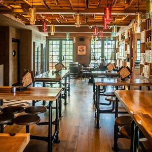 BRUNCH REVIEW: ALPINE AT PUBLIQUE
