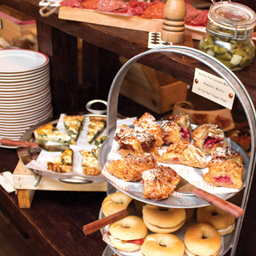6 brunches in Dubai (that actually occur between breakfast and lunch)